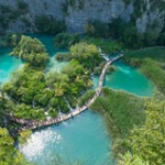 "Lacs de Plitvice • <a style=""font-size:0.8em;"" href=""http://www.flickr.com/photos/56388541@N06/20179110398/"" target=""_blank"">View on Flickr</a>"